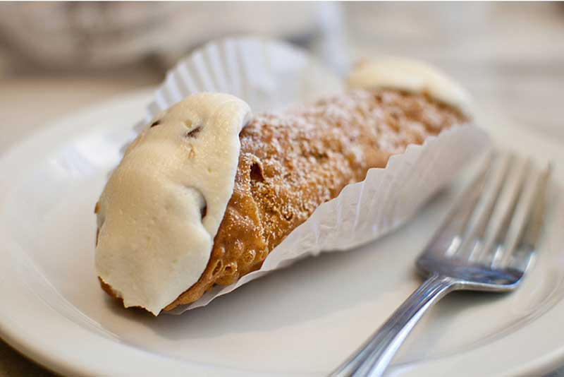 Natale in Sicilia - cannoli
